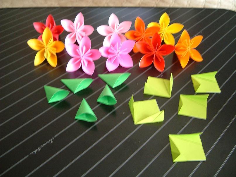 折り紙の 簡単な折り紙の折り方 花 : Tex Rainbow Snapchat